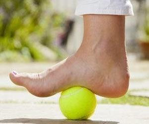 flat foot causes